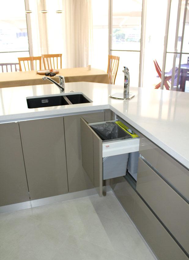 Kitchen & Utility area, kangaroo Point
